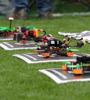 carrera-de-drones